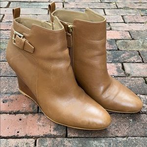 *Leather Ann Taylor Booties